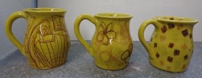 Gelbe Tassen